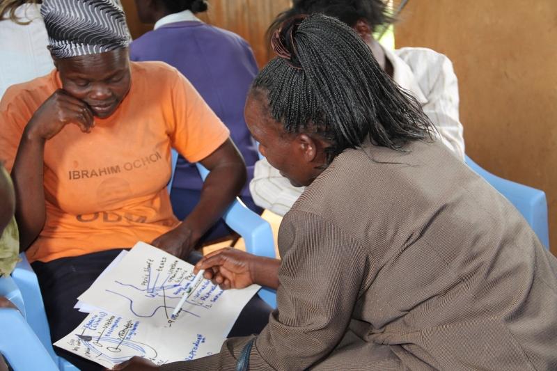 Gespräch gegen Genitalverstümmelung