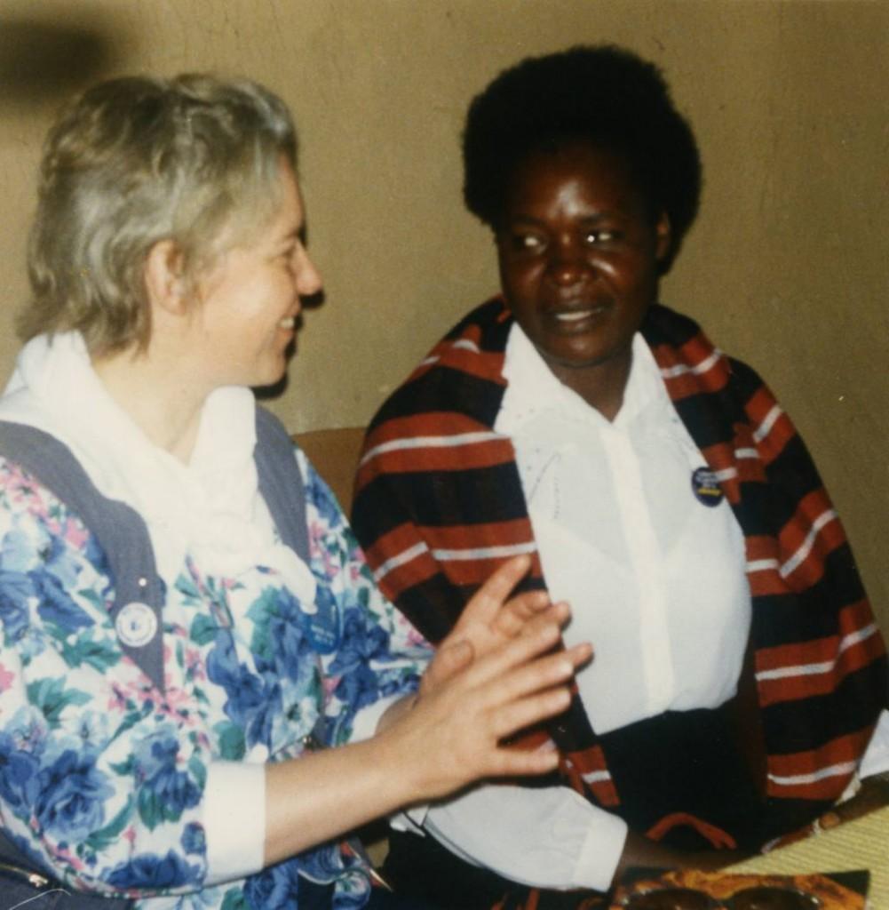 Muthgard Hinkelmann Toewe und Kenianerin Jane