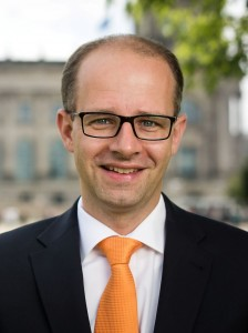 Portrait Michael Brand MdB Fulda Fürsprecheraktion LebKom gegen Genitalverstümmelung1